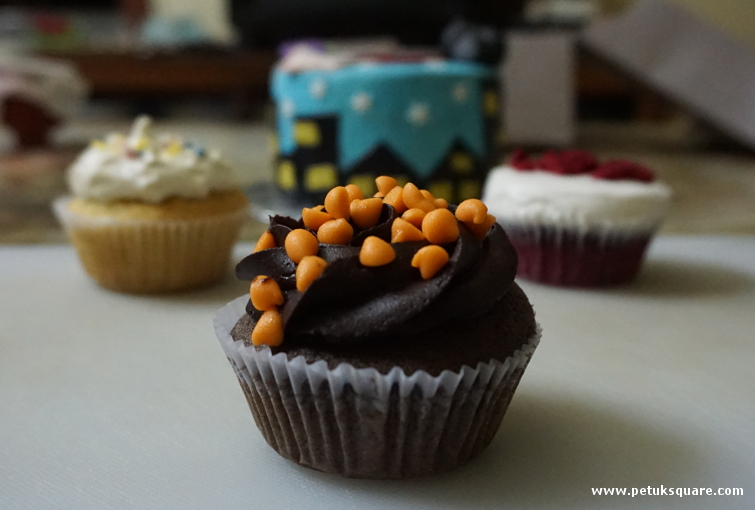 Orange Chocolate Cupcake