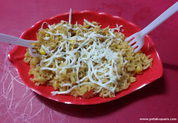 Cheese Garlic Maggi