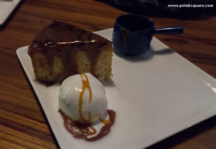Caramel Sponge Cake with hot Toffee Sauce and Vanilla Ice Cream